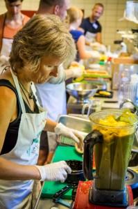 Volunteers-green smoothie making