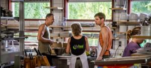 Volunteers-the kitchen2